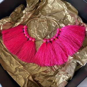 Gold ring with hot pink tassel earrings